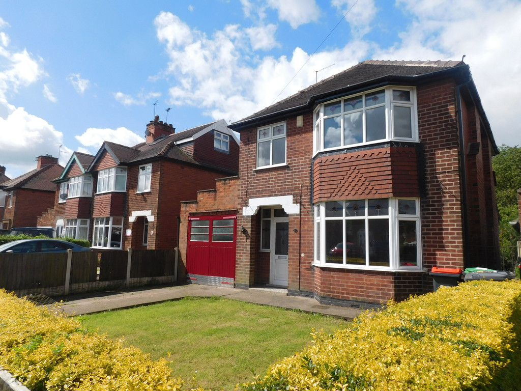 3 Bedrooms Detached House for sale in Quarrydale Avenue, Sutton In Ashfield NG17