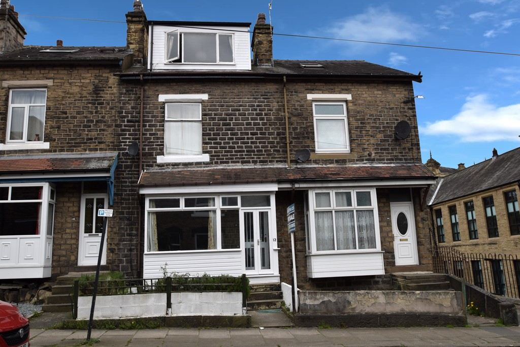6 Bedrooms Terraced House for sale in Maddocks Street, Saltaire BD18