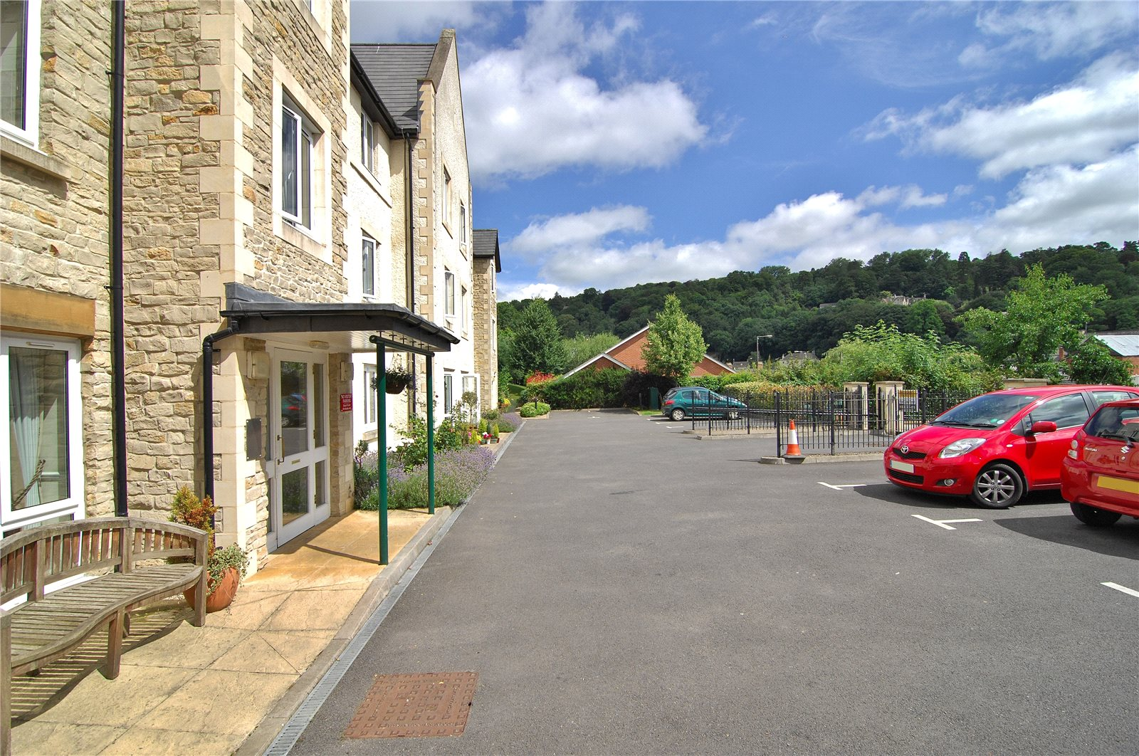 Parkers Nailsworth 1 Bedroom Flat For Sale In Maple Tree