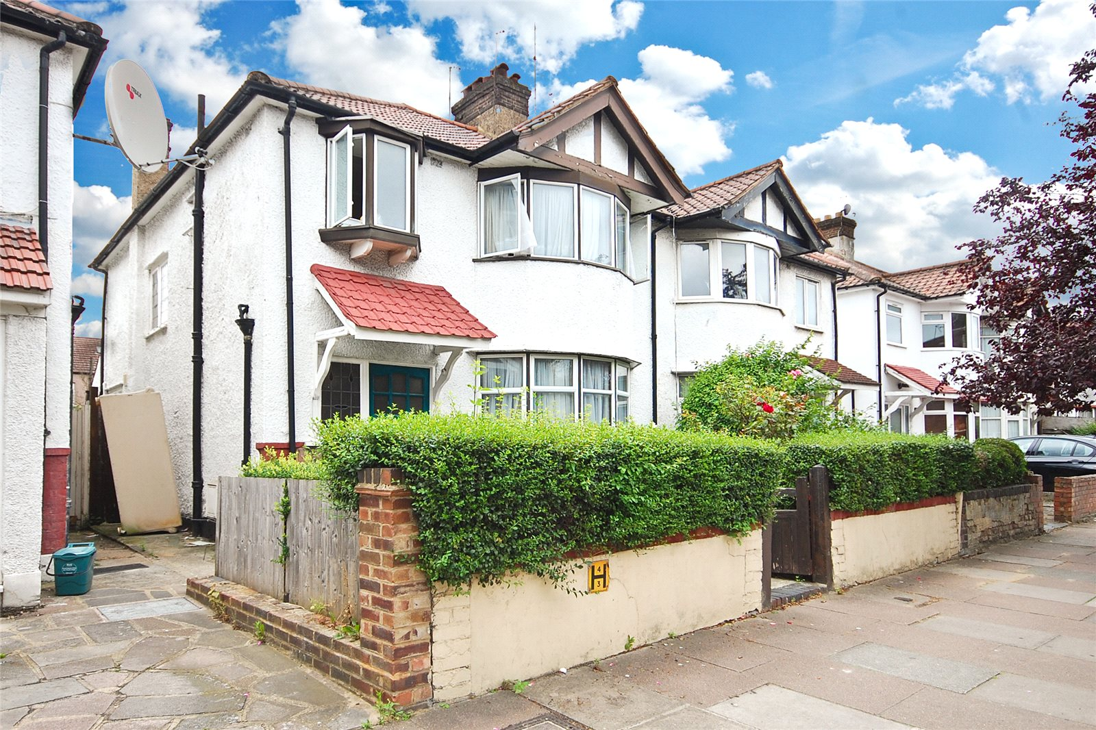 3 Bedrooms Semi Detached House for sale in Burnley Road Dollis Hill London NW10