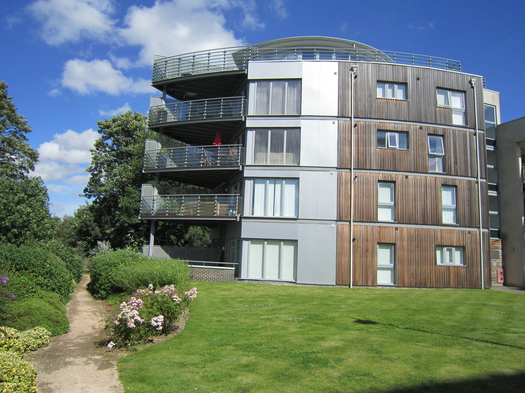 2 Bedrooms Apartment Flat for sale in Maidstone, Kent ME15