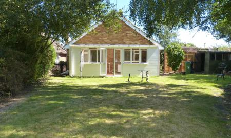 Photo of 2 bedroom Detached Bungalow to rent