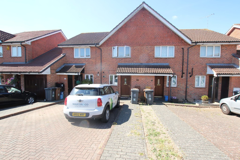 2 Bedrooms Terraced House for sale in Cabot Close, Stevenage SG2