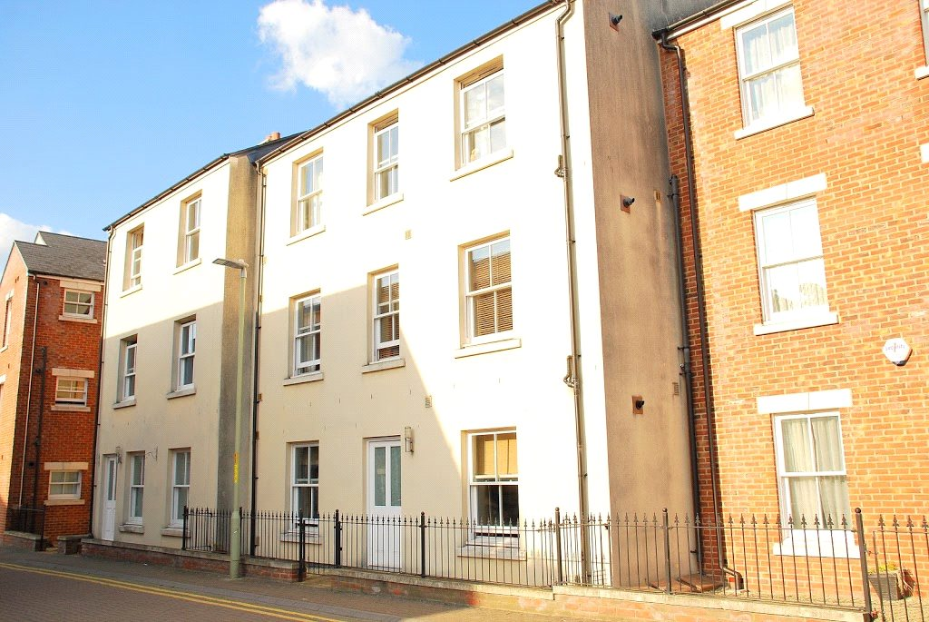 Cj hole gloucester 1 bedroom flat for sale in oxford for Oxford terrace 2