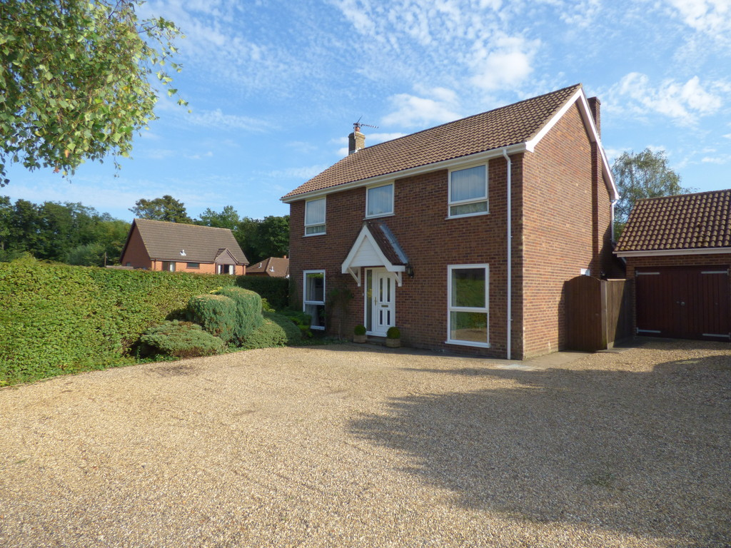 Martin Amp Co Bury St Edmunds 4 Bedroom Detached House For