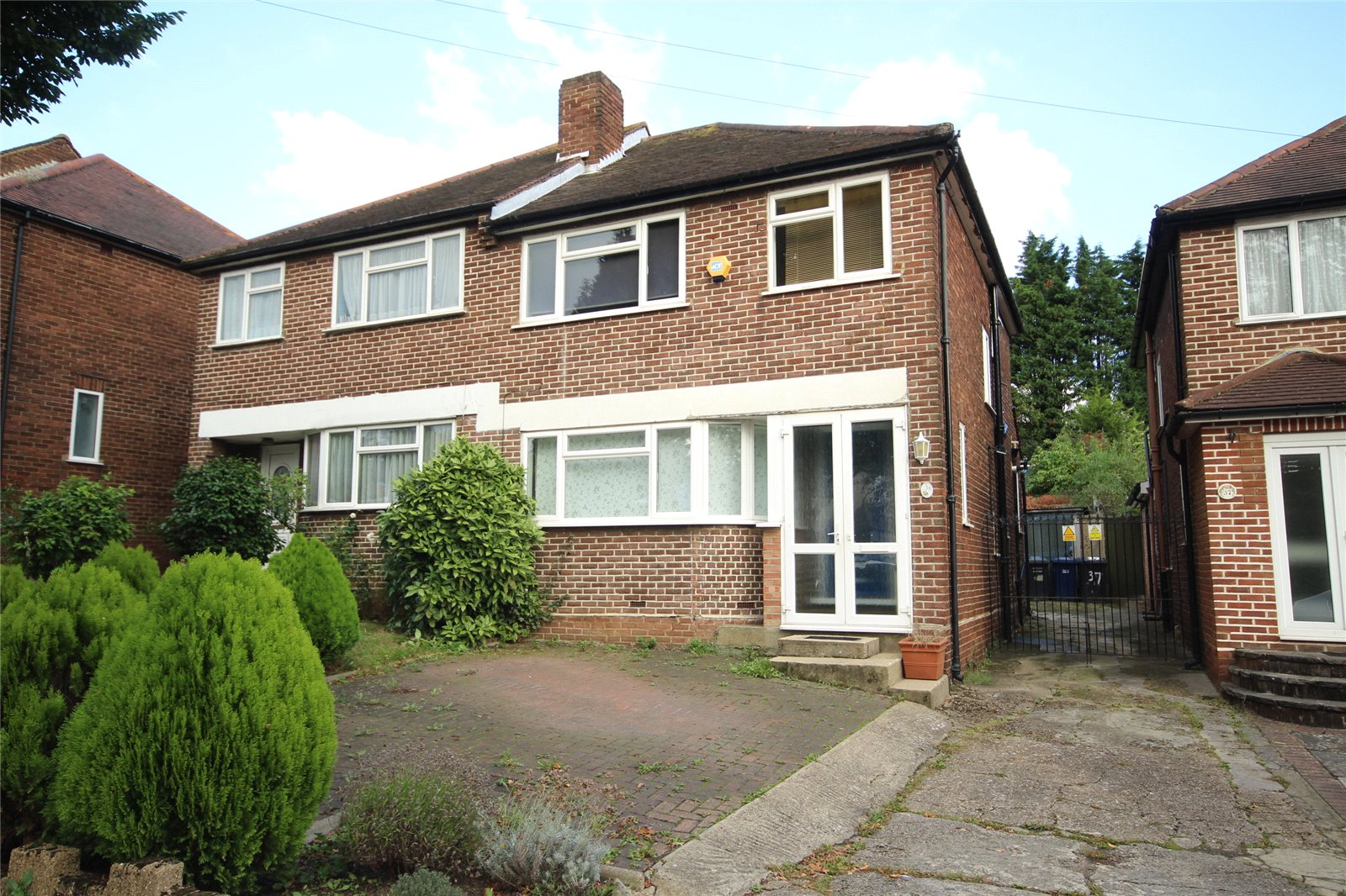 3 Bedrooms Terraced House for sale in Engel Park Mill Hill London NW7