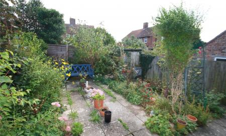 Orchard Close Thame OX9 Image 3