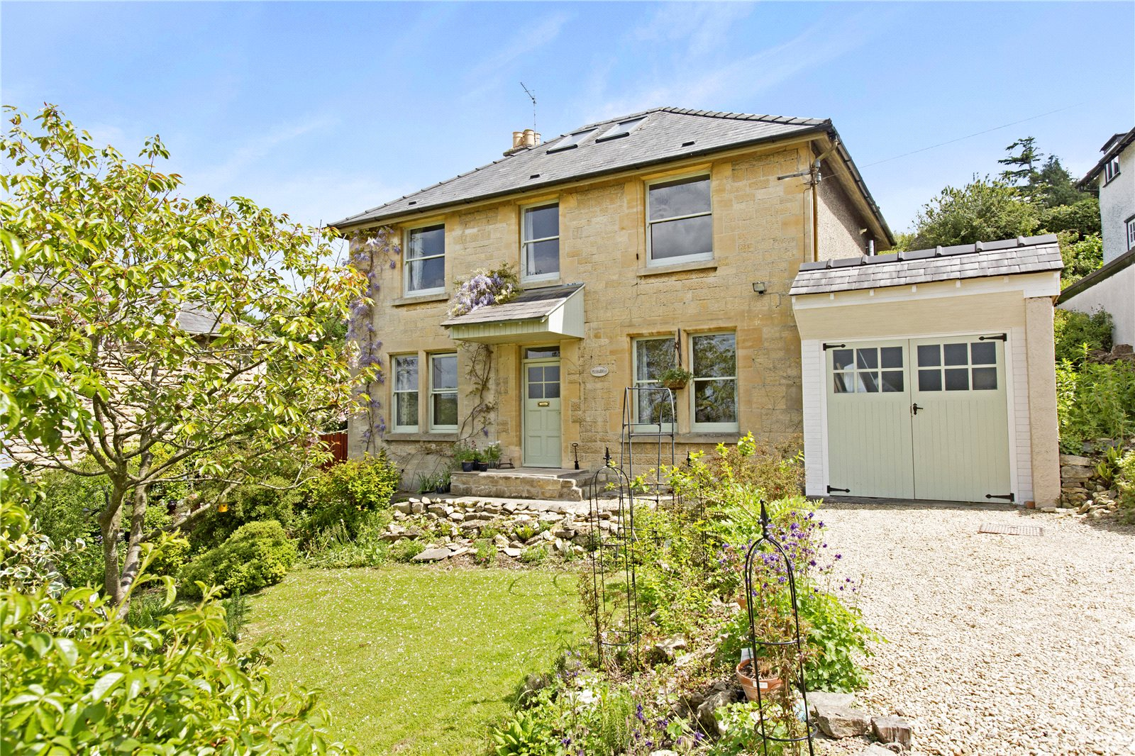 4 Bedrooms Detached House for sale in Post Office Lane Cleeve Hill Cheltenham GL52