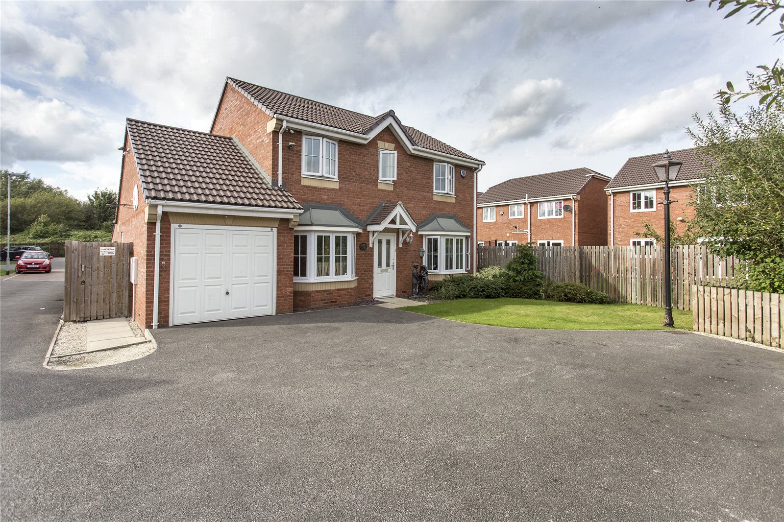 Whitegates Mirfield 4 Bedroom House For Sale In Spring