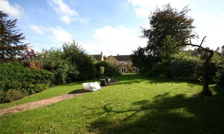 Lifford Gardens Broadway Worcestershire WR12 Image 18