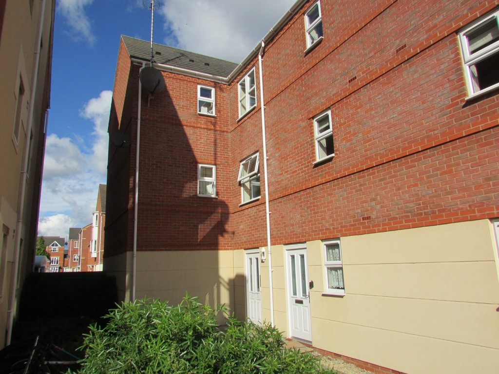 2 Bedrooms Apartment Flat for sale in Verney Road OX16