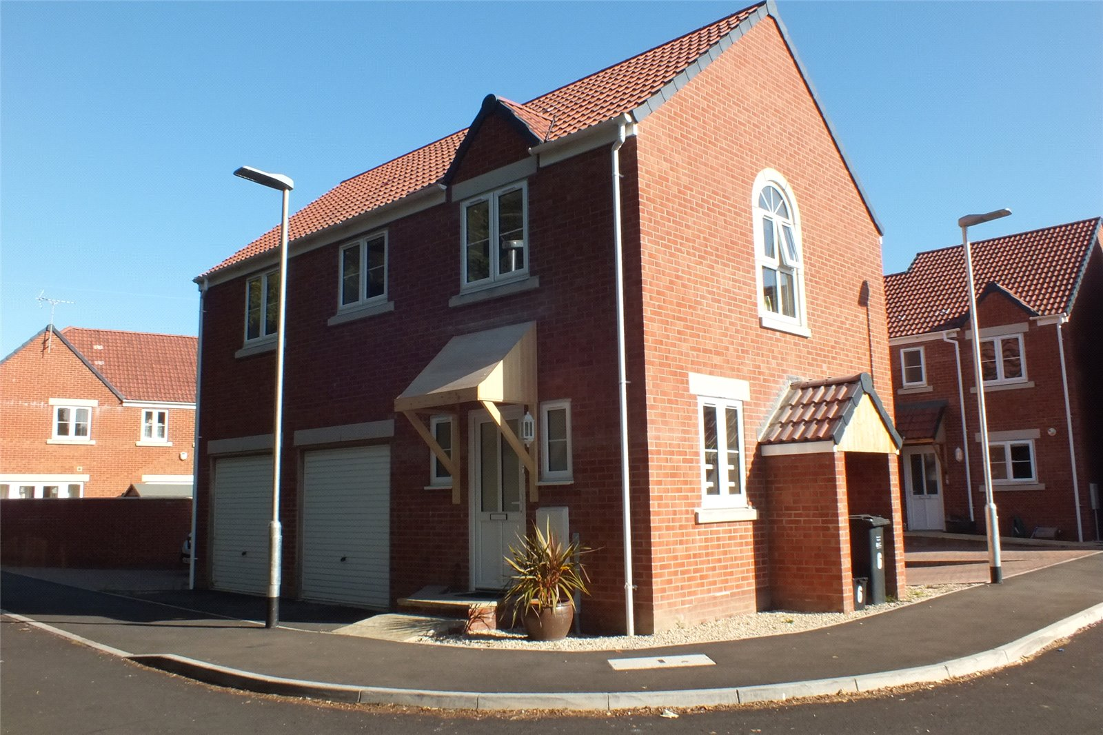 2 Bedrooms Flat for rent in Little Court Berrow Nr Burnham On Sea TA8
