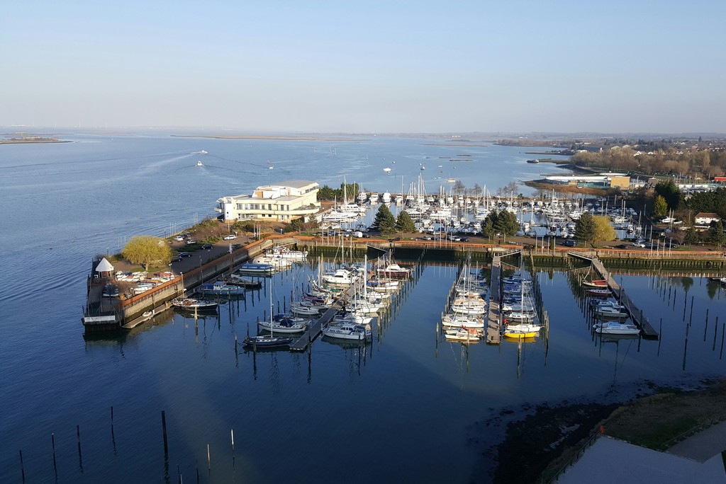 2 Bedrooms Apartment Flat for sale in Pegasus Way, Victory Pier, Gillingham ME7