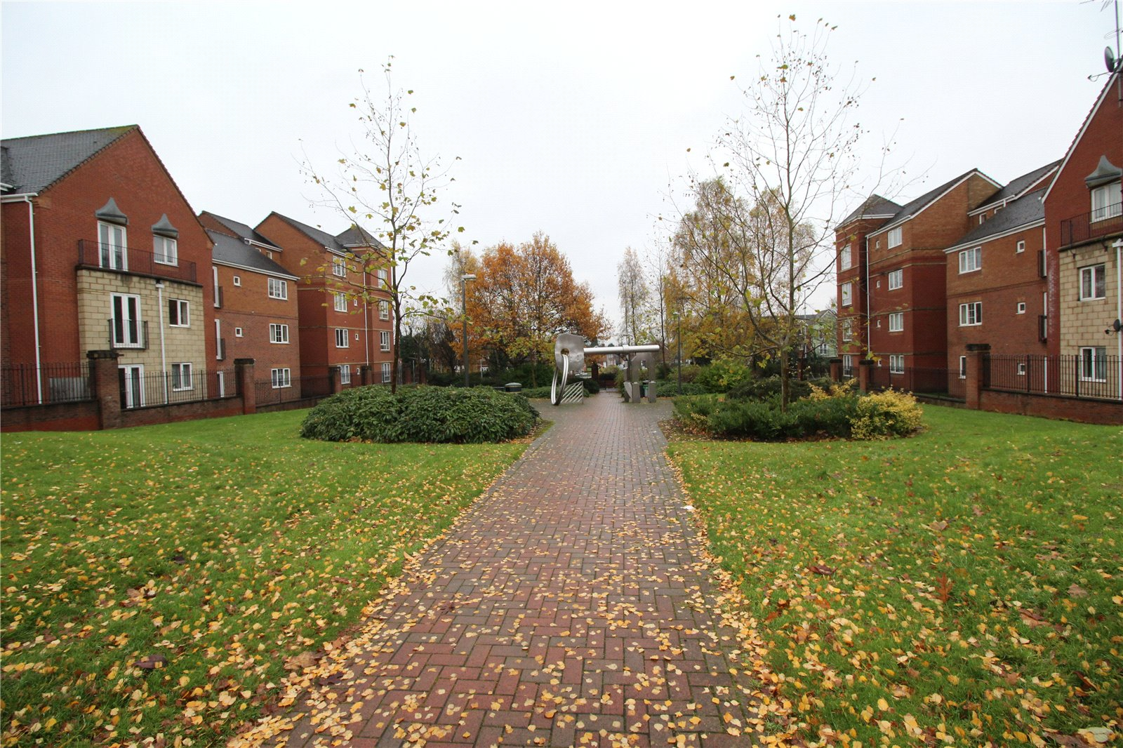 Whitegates Wolverhampton 2 Bedroom Flat For Sale In