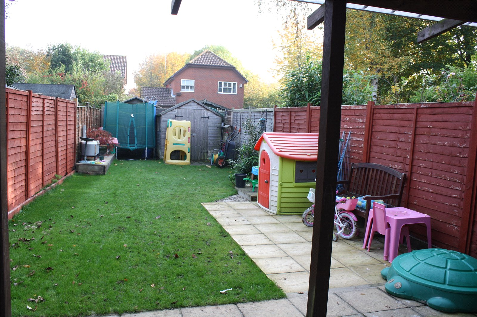 Parkers Earley 2 bedroom House for sale in Manea Close Lower