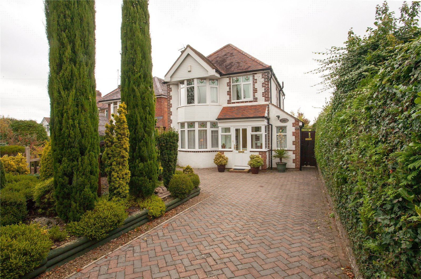 Cj Hole Hucclecote 3 Bedroom House For Sale In Ermin