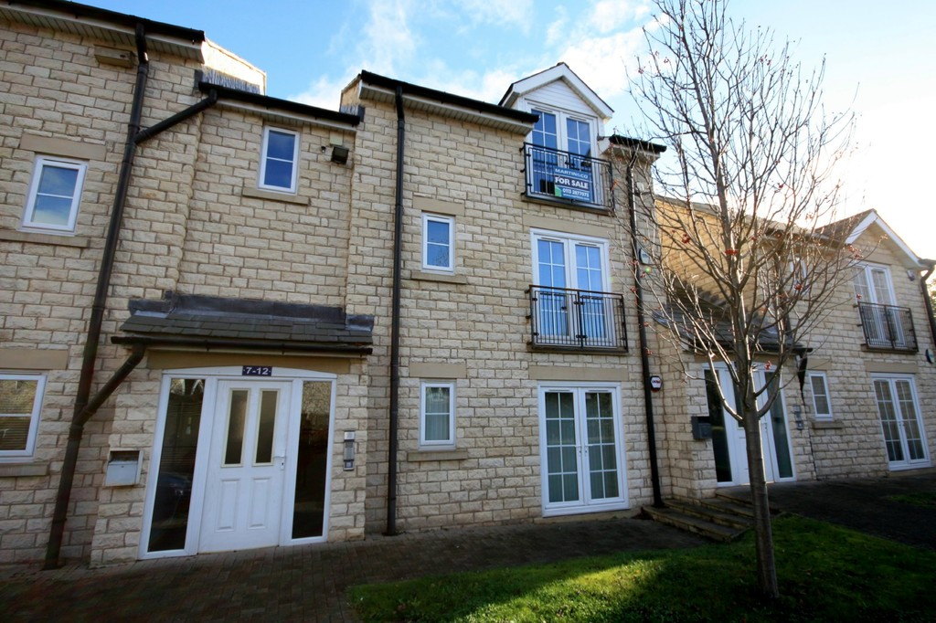2 Bedrooms Apartment Flat for sale in Miners Mews, Micklefield, Leeds LS25