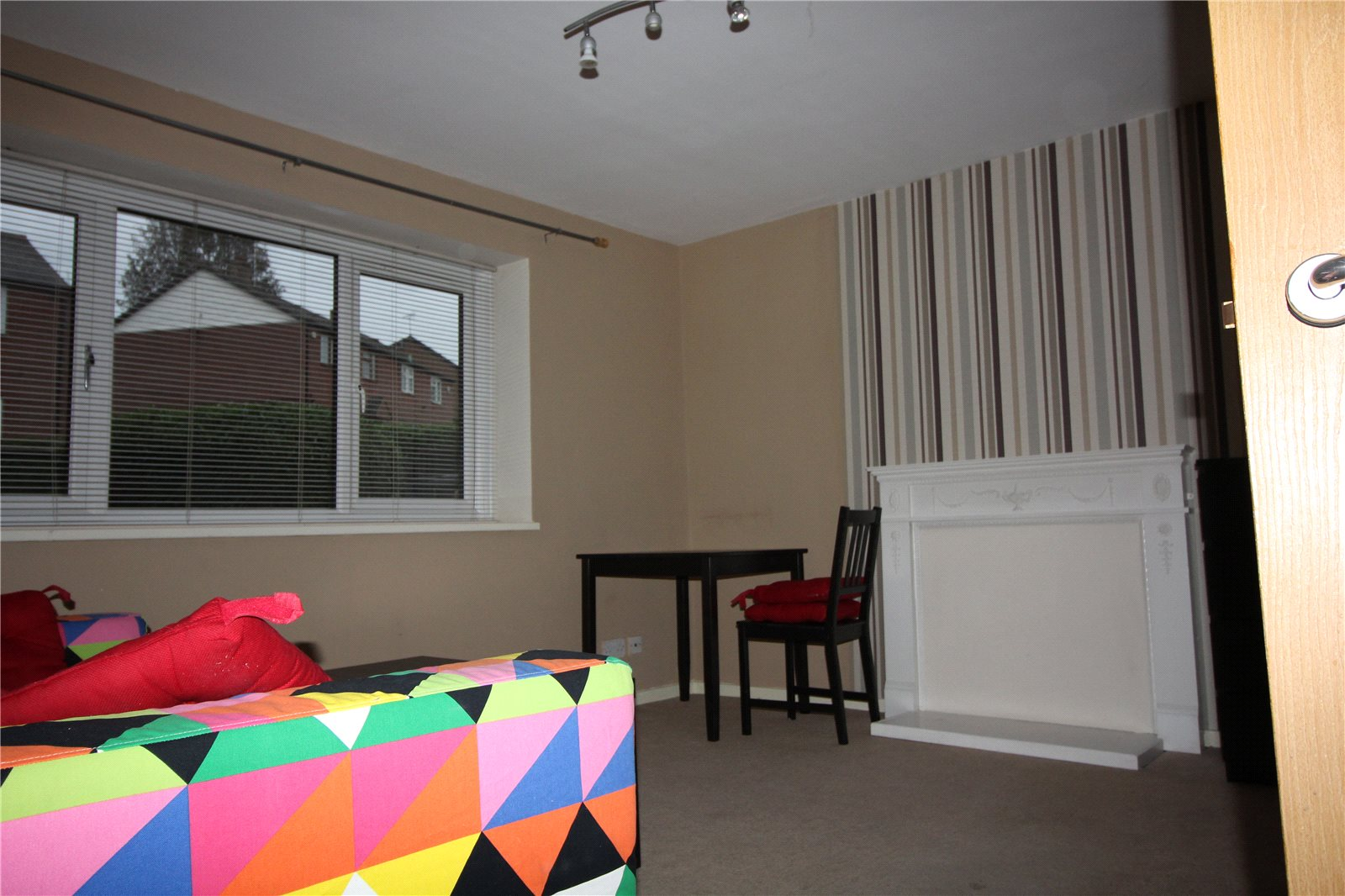 Whitegates Bramley 2 Bedroom Flat For Sale In Wellstone
