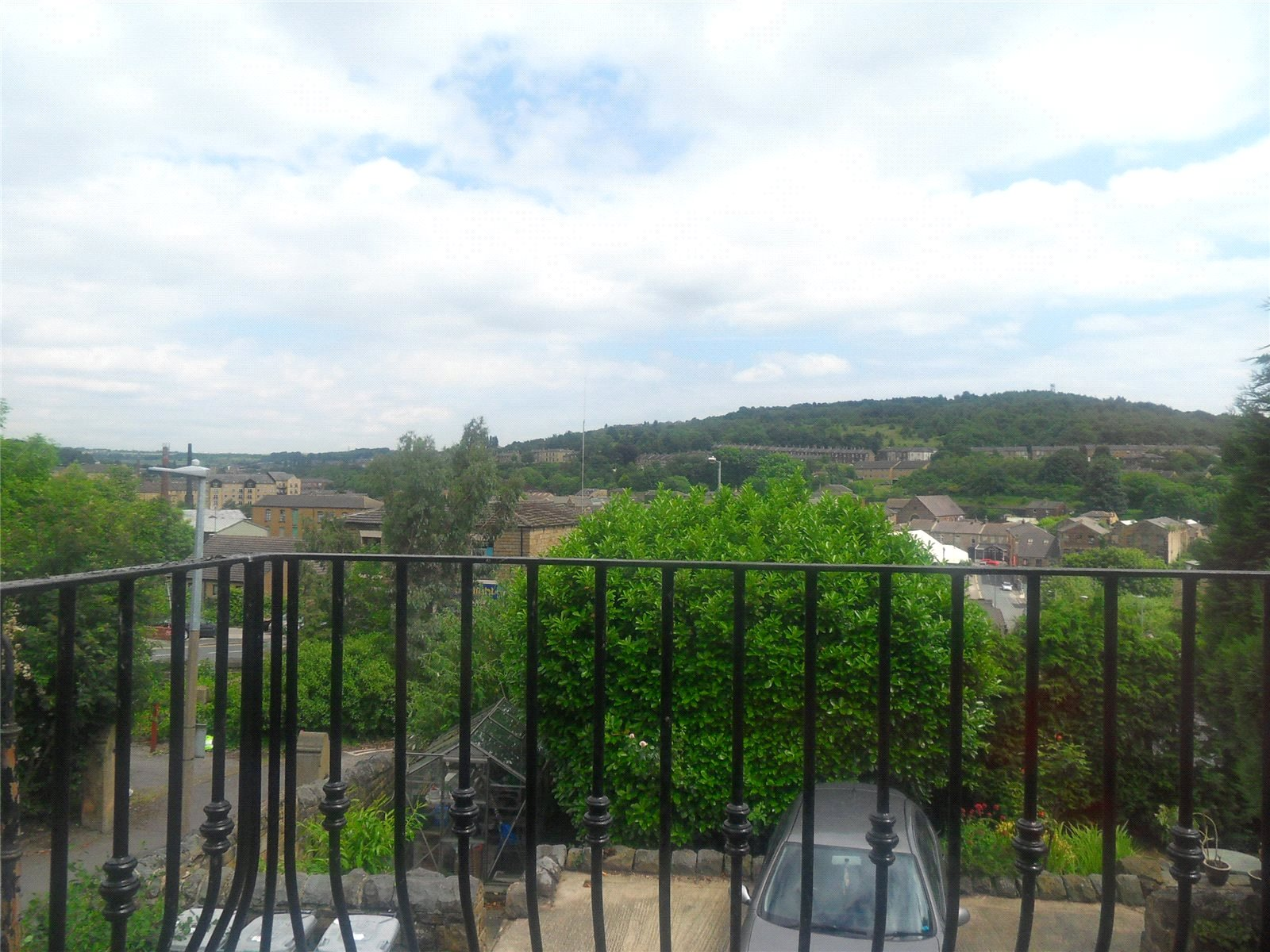 Yorkshire Terrace: Whitegates Dewsbury 3 Bedroom House To Rent In Springfield