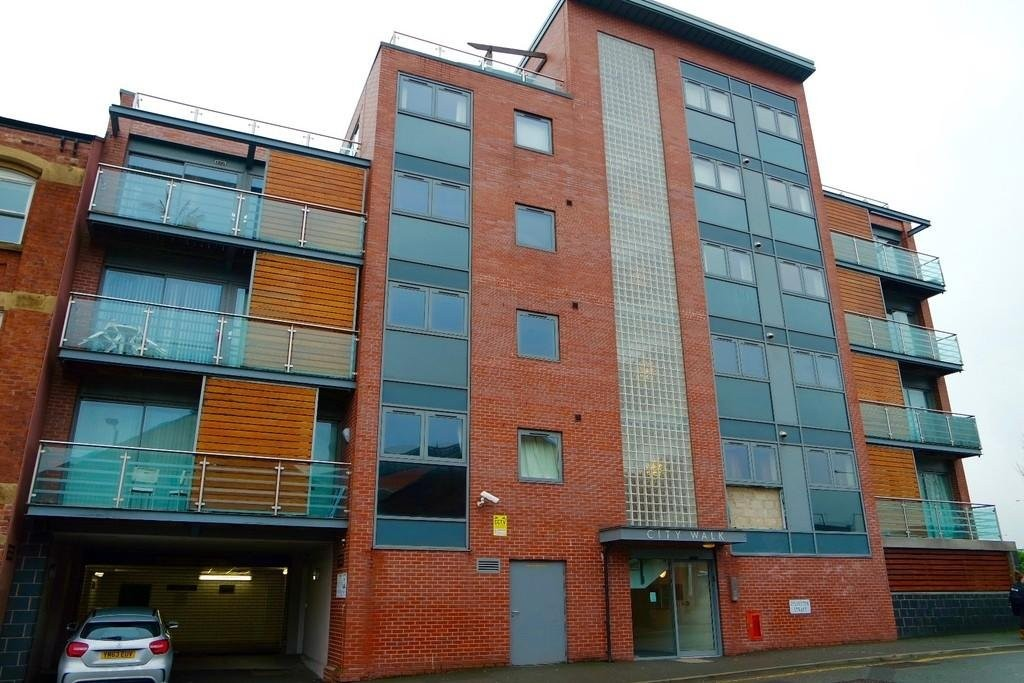 1 Bedroom Apartment Flat for sale in City Walk, Sylvester Street, Sheffield City Centre S1
