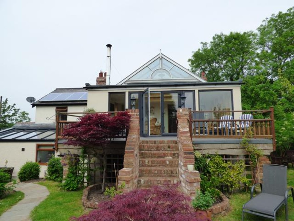 4 Bedrooms Detached House for sale in Sower Carr Lane, Hambleton, Lancashire, FY6 9DJ FY6