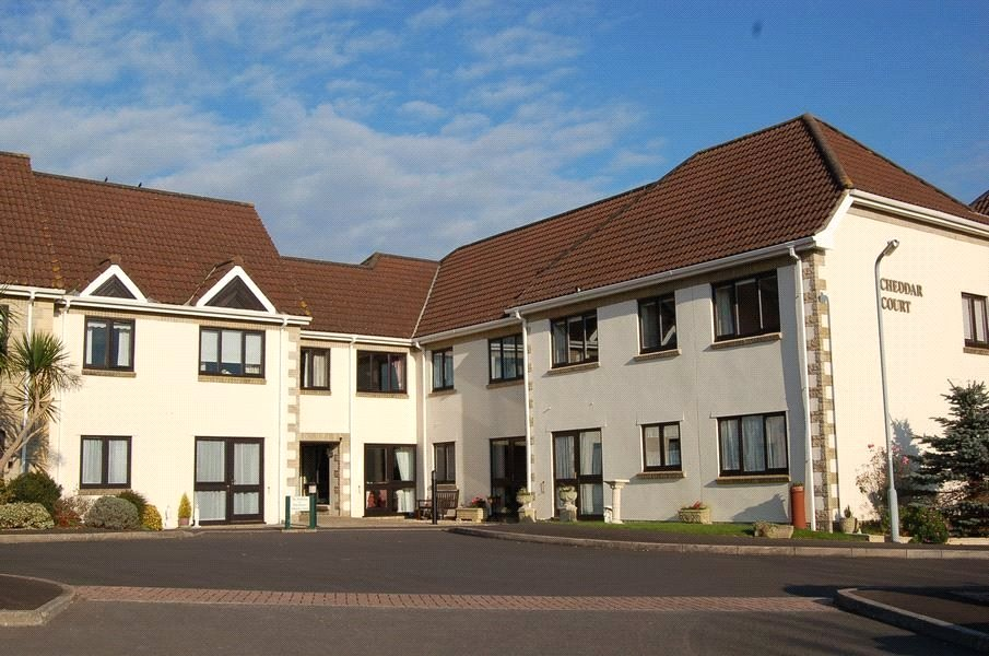 2 Bedrooms Flat for sale in Station Road Cheddar Somserset BS27