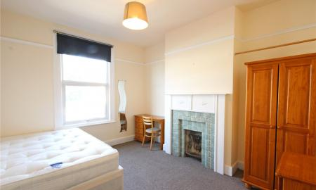 Photo of 6 bedroom Flat to rent