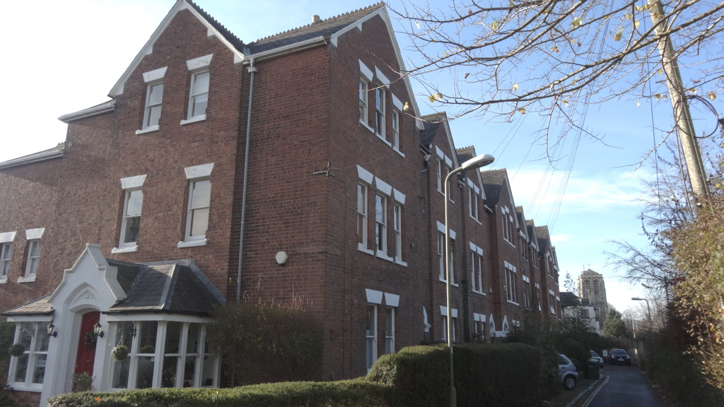 Martin co exeter 1 bedroom apartment to rent in woodbine for Terrace exeter