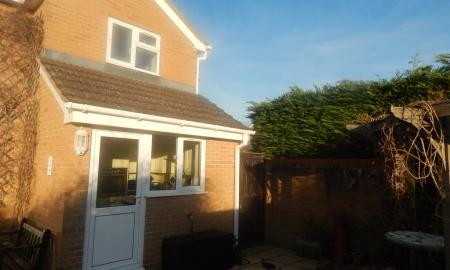 Photo of 1 bedroom End of Terrace House to rent