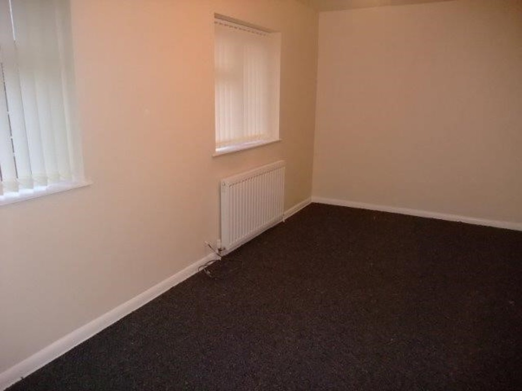 Martin co wakefield 2 bedroom semi detached house to for Perfect kitchen pontefract