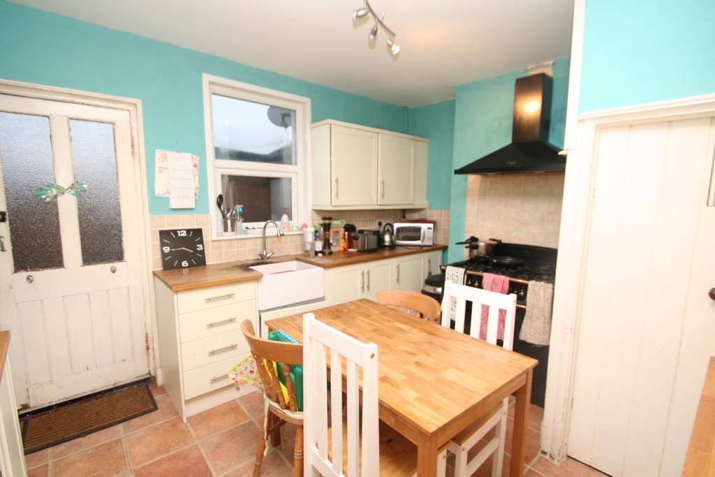 3 Bedrooms Terraced House for sale in Silverdale Road, Tunbridge Wells TN4