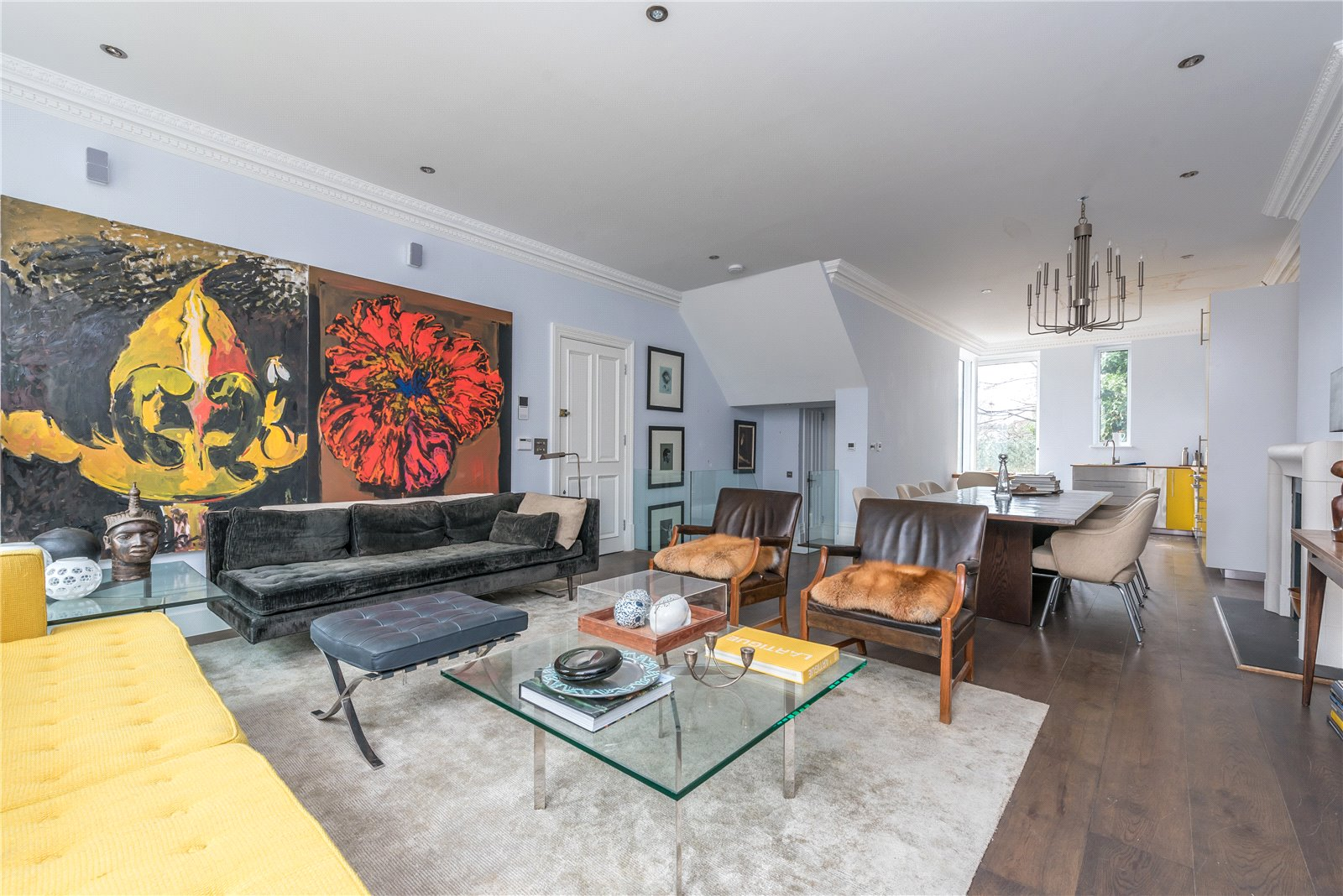 3 Bedrooms Flat for sale in Ground and Lower Ground Floor Mildmay Road Islington N1