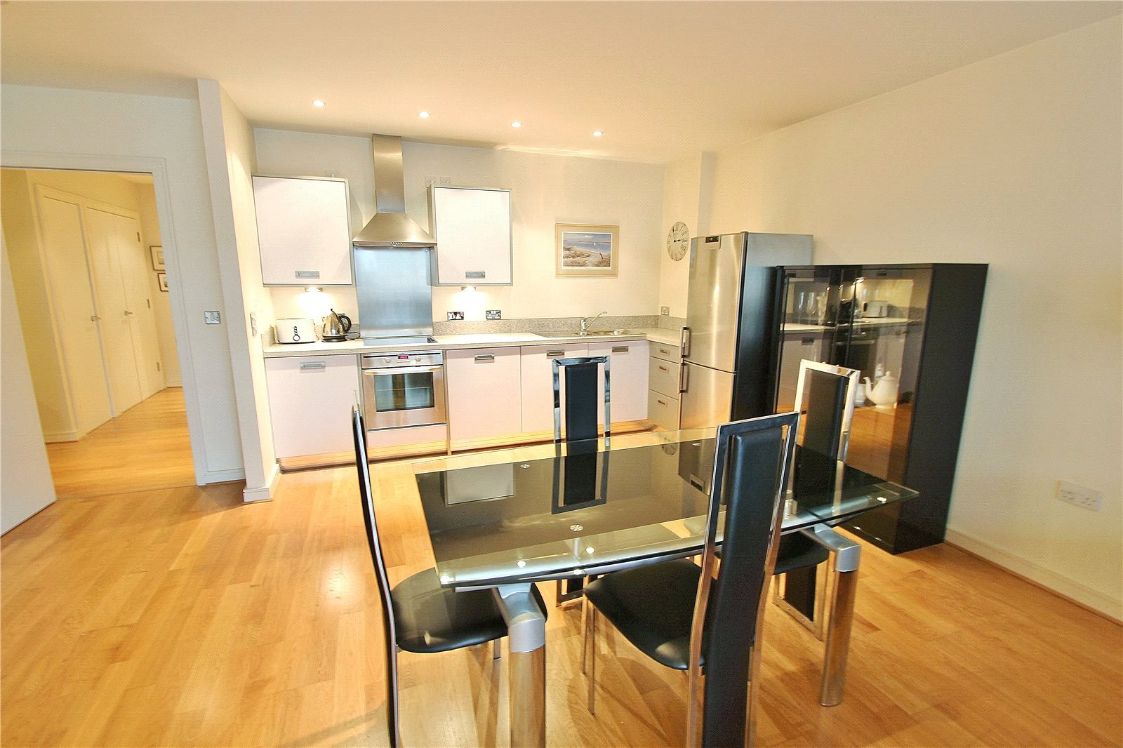 Cj Hole Clifton Old 2 Bedroom Flat For Sale In Thomas