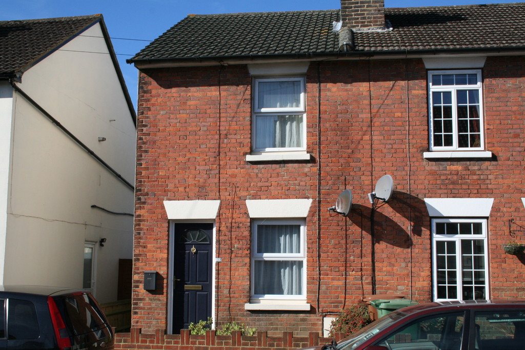 2 Bedrooms Property for sale in Charles Street, Southborough TN4