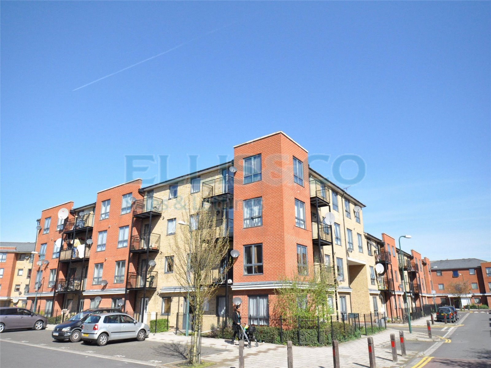 2 Bedrooms Flat for sale in Bell House Hirst Crescent Wembley HA9