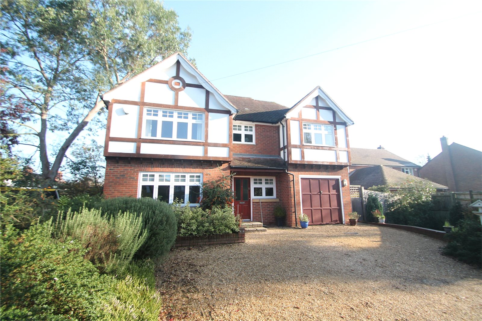 4 Bedrooms Detached House for sale in Yardley Close Tonbridge Kent TN9
