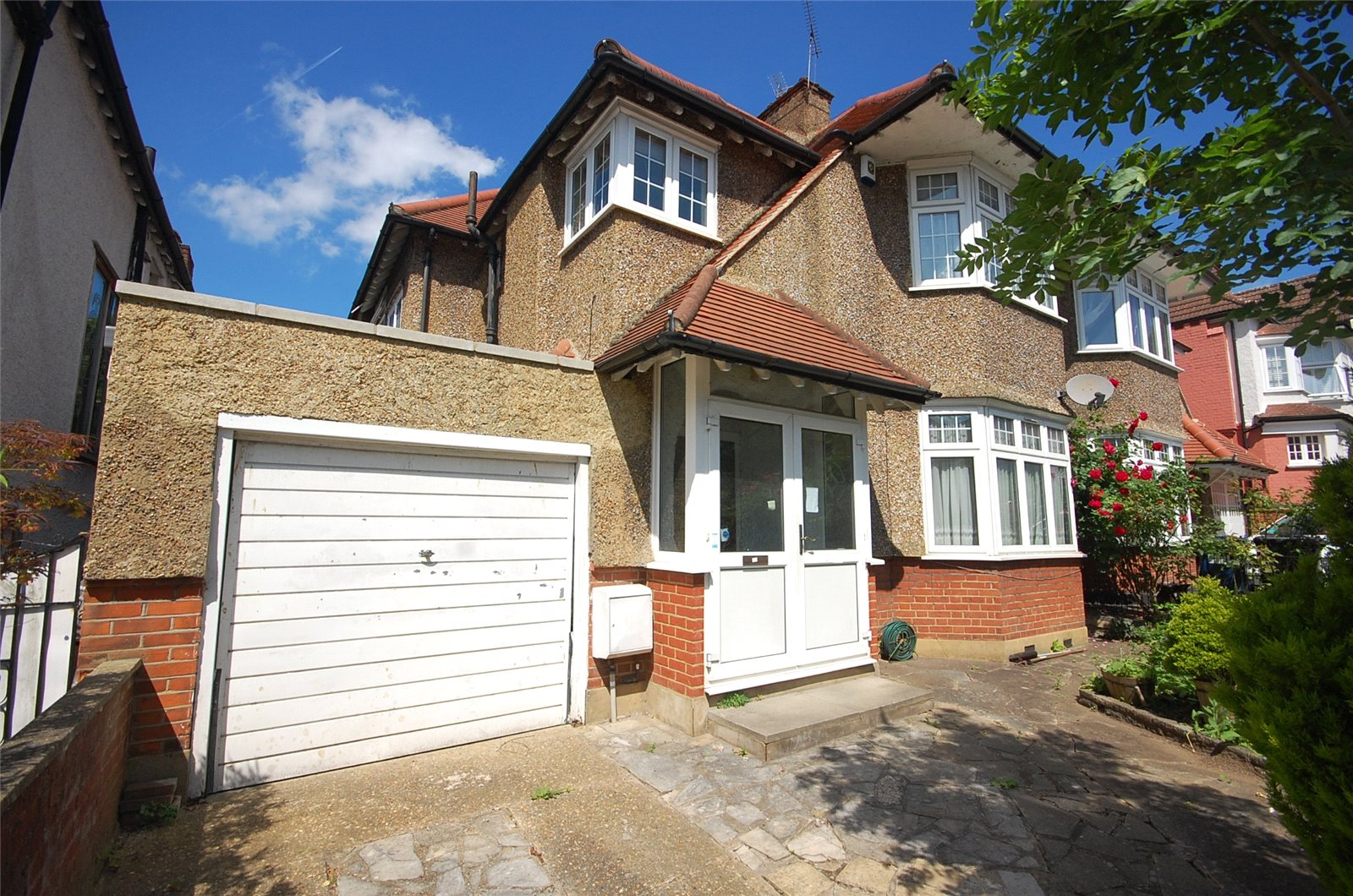 5 Bedrooms Semi Detached House for sale in Avondale Avenue Woodside Park London N12