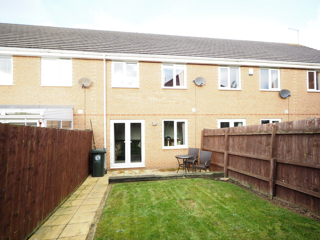 3 Bedrooms Terraced House for sale in Greenside View, Boosbeck TS12
