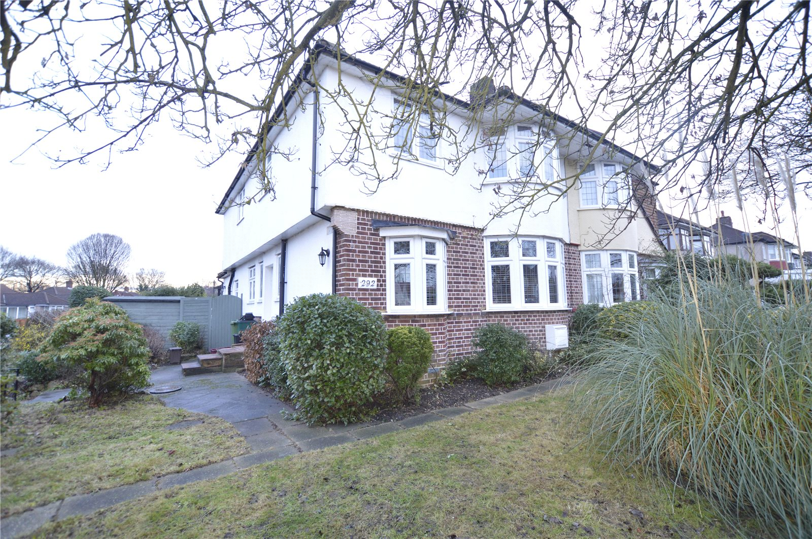 4 Bedrooms Semi Detached House for sale in Bexley Lane Sidcup Kent DA14