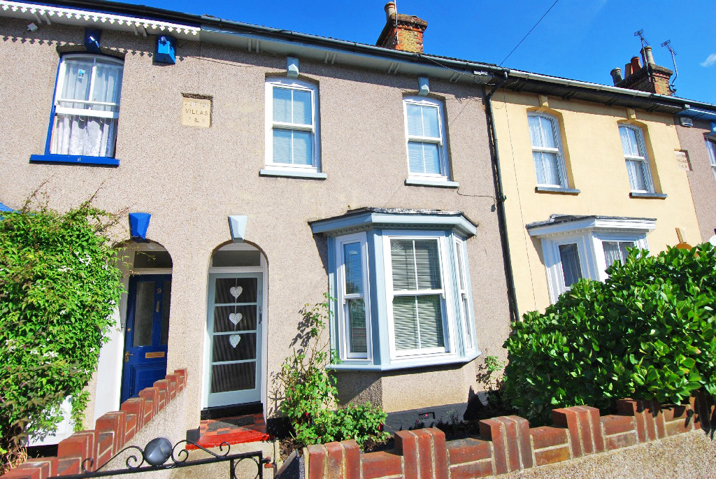 3 Bedrooms Terraced House for sale in South Road, Herne Bay CT6