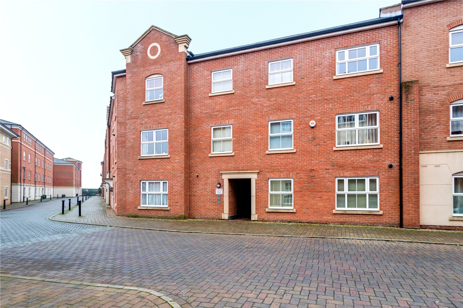 2 Bedrooms Flat for sale in Portland Point Armstrong Drive Worcester WR1