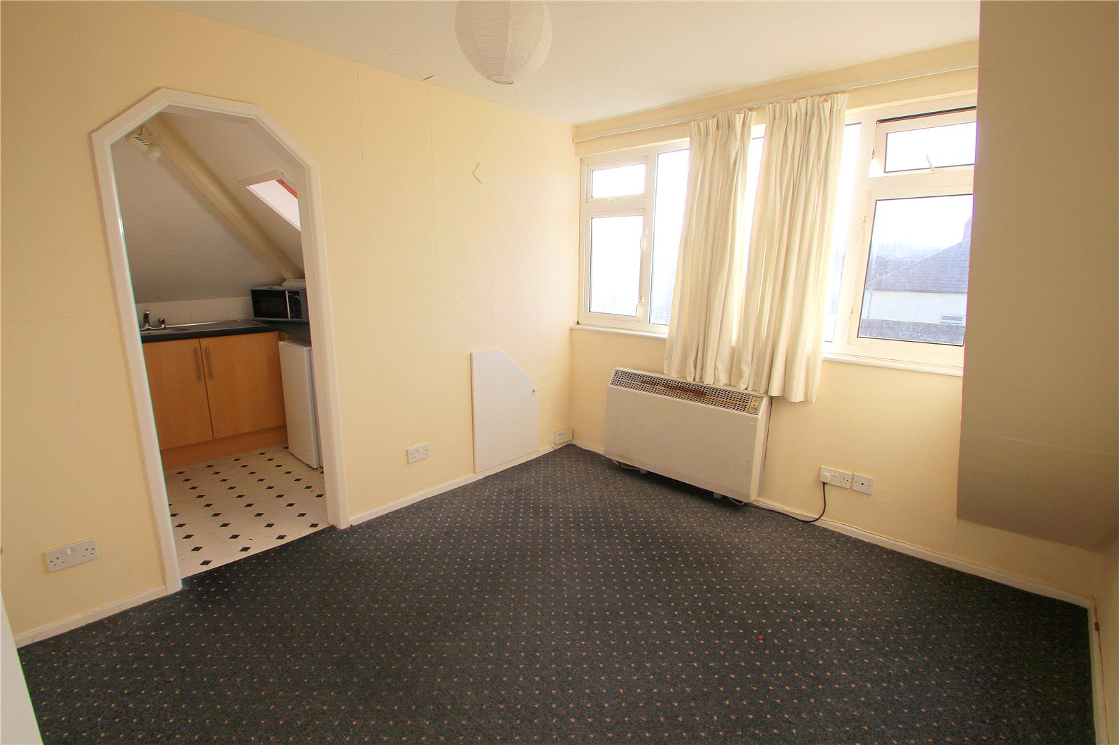 1 Bedroom Flat for sale in Duckmoor Road Ashton Bristol BS3