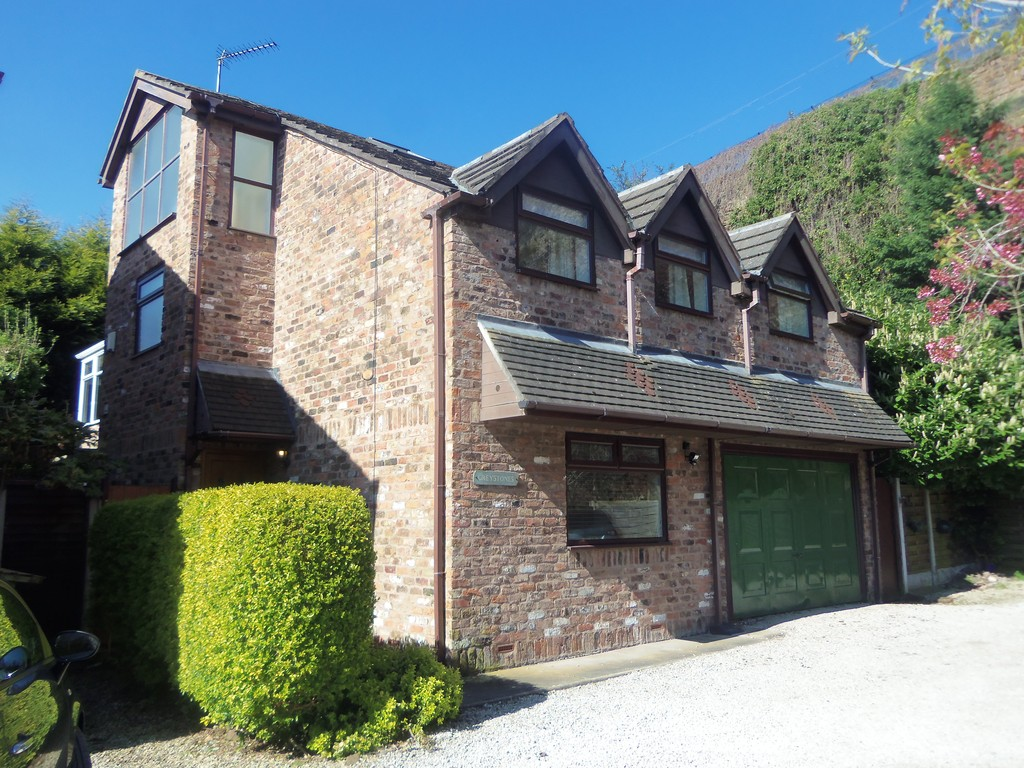 5 Bedrooms Detached House for sale in Quarry Place, Woolton L25