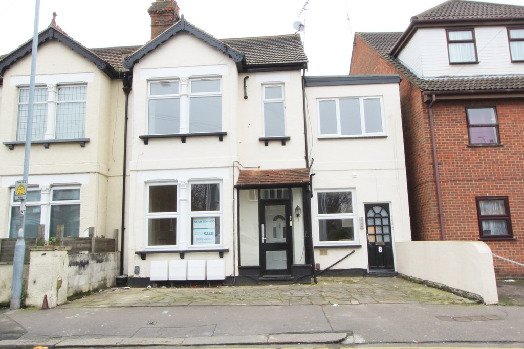 1 Bedroom Property for sale in South Avenue, Southend SS2