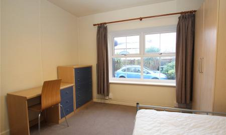 House Share, London Road Gloucester GL1 Image 5