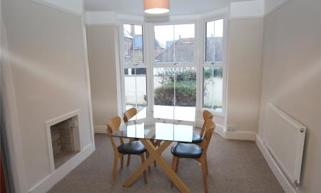 House Share, London Road Gloucester GL1 Image 1