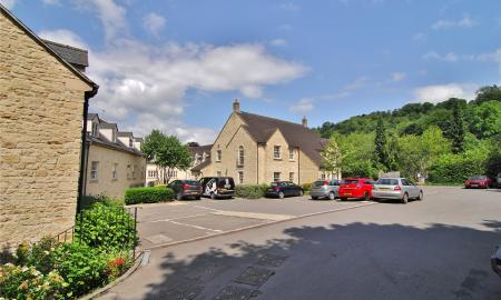 The Old George Tabrams Pitch Nailsworth GL6 Image 2
