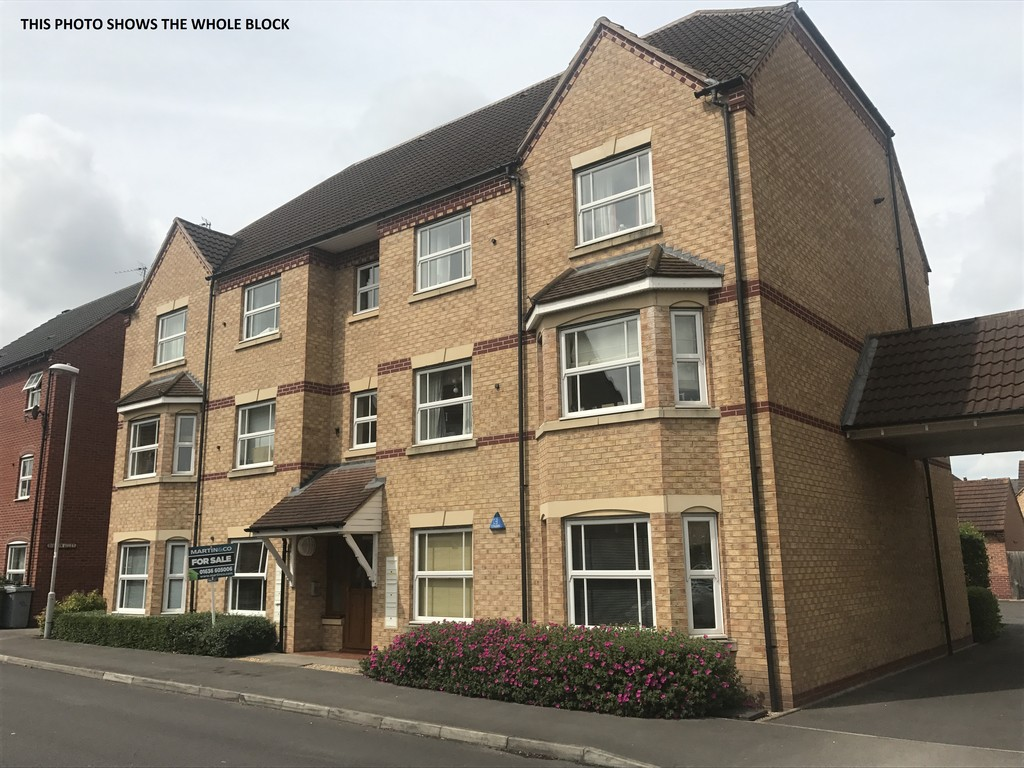 2 Bedrooms Apartment Flat for sale in Newark, John Gold Avenue NG24