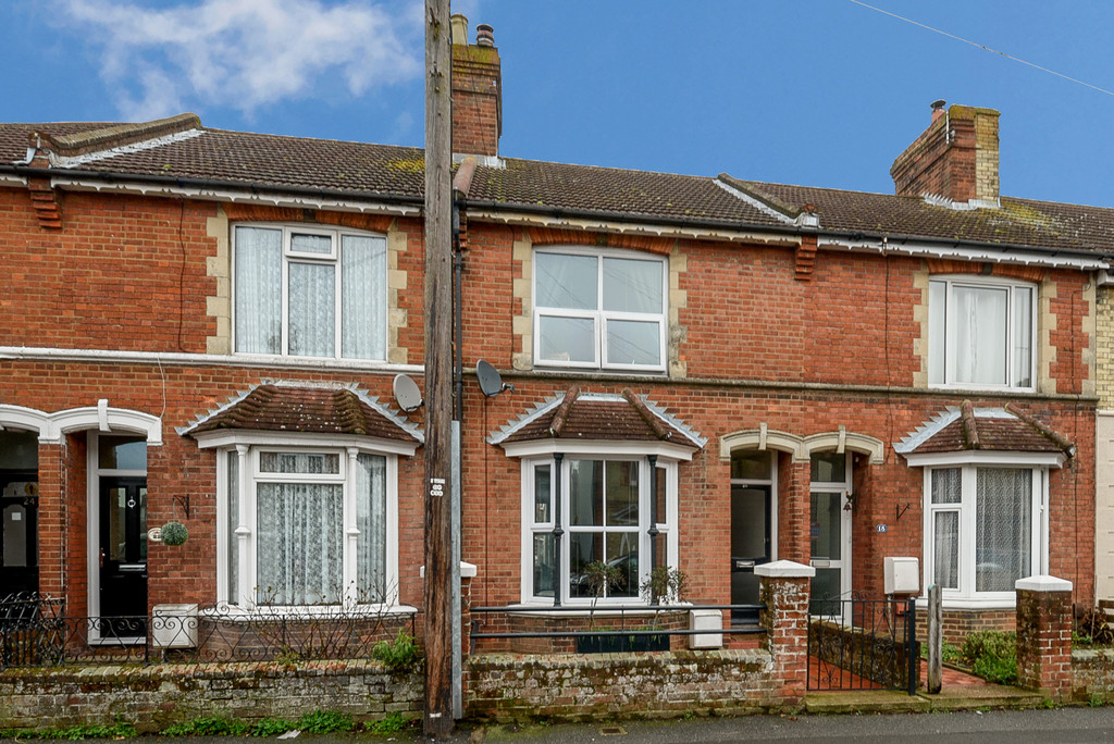 3 Bedrooms Terraced House for sale in Christchurch Road , Ashford TN23