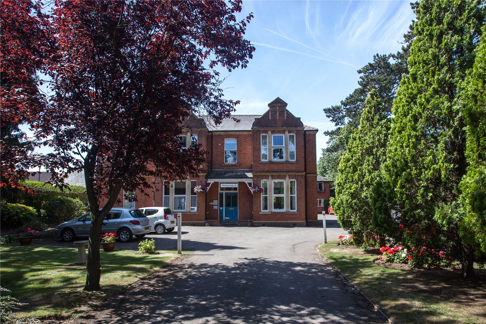 1 Bedroom Flat for sale in Hucclecote Lodge 174 Hucclecote Road Hucclecote GL3